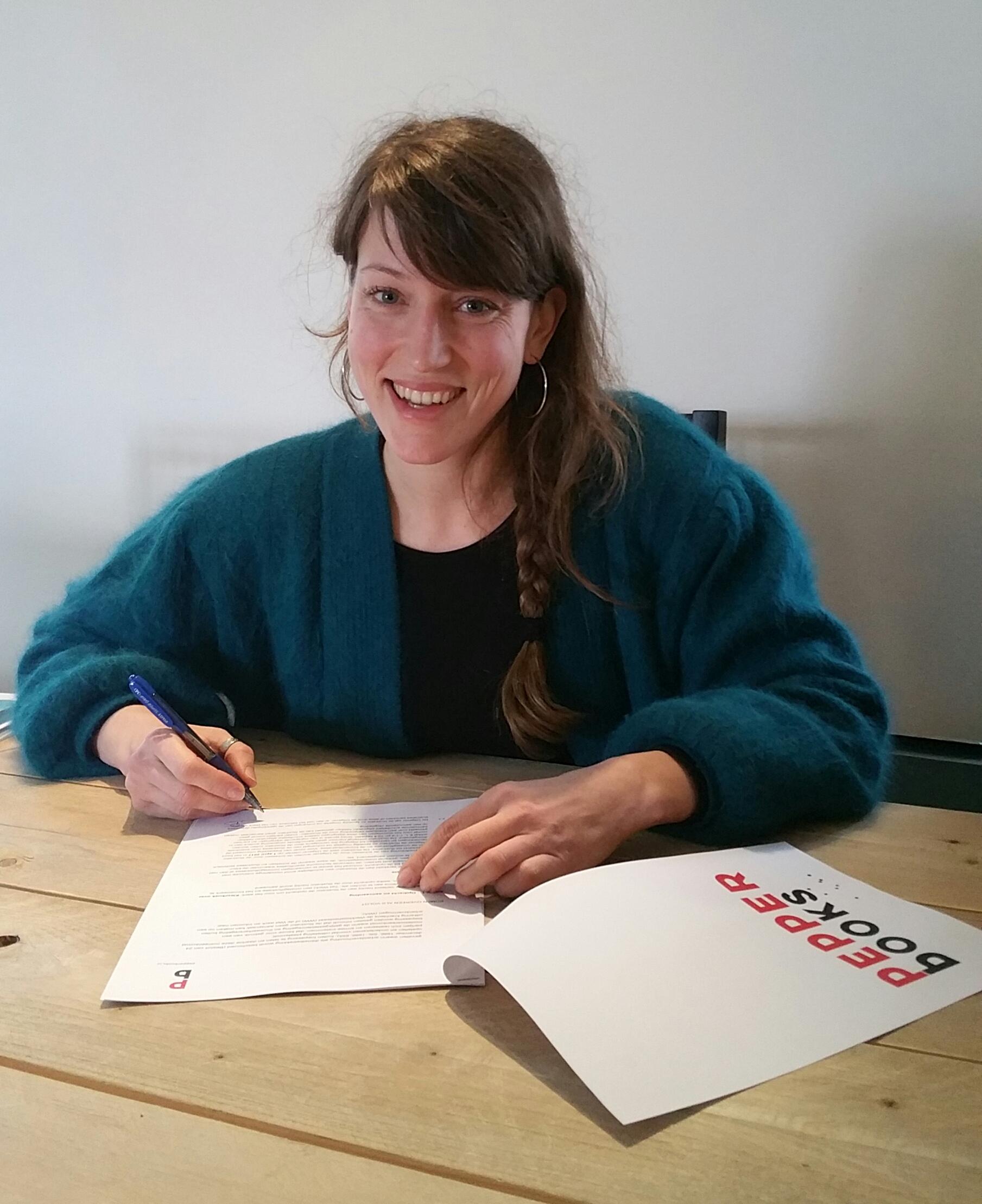 Masja van den Berg tekent bij Pepper Books voor bijzonder kleurboek voor volwassenen met het thema Holland