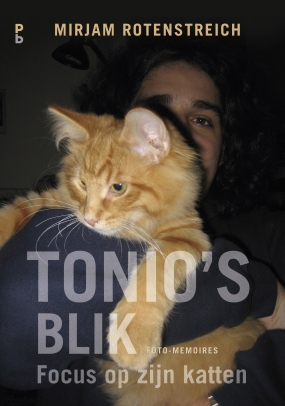 Tonio's blik. Focus op zijn katten